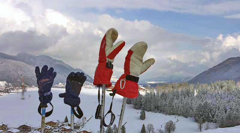 Bild zum Beitrag Skifahren lernen für Kinder mit Skihandschuhen